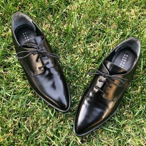 Barneys New York Black Oxford With Pointed Toe